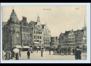 W2C53/ Kiel Marktplatz Kutschen AK 1915