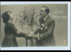 P2V57/ Pfingsten - Paar mit Blumen schöne Foto AK ca.1912