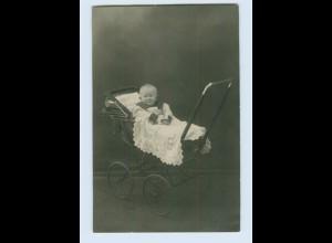 I1244/ Baby im Kinderwagen Privat Foto AK ca.1920