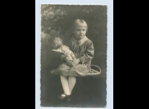 N6898/ Mädchen mit Puppe Foto AK 1926