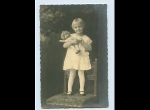 M331/ Mädchen mit Puppe schöne Foto AK ca.1925