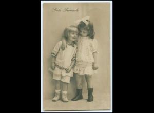 Y2501/ Gute Freunde - zwei kleine Mädchen Foto AK 1919