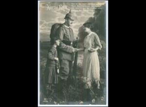 Y2724/ Kurze Rast Soldat mit Familie Foto AK 1915