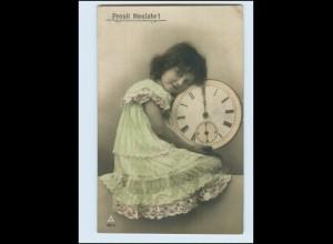 T1408/ Mädchen mit Uhr Neujahr Foto AK 1910