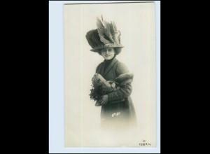 Y4019/ Mode Hutmode junge Frau mit Pelzstola Foto AK 1911