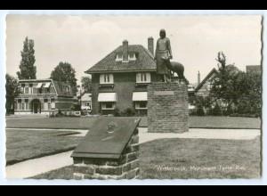T2913/ Niederlande Winterswijk Monument Tante Riek AK
