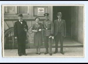 Y6960/ Soldat heiratet Hochzeit Standesamt Foto AK ca.1940