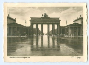 Y7823/ Berlin Brandenburger Tor Popp Foto AK