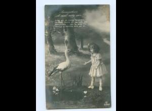 Y8831/ Mädchen und Storch schöne Foto AK 1917