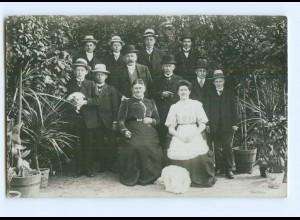 Y9089/ Gruppenfoto junge und alte Männer mit Hut Foto AK ca.1912