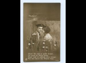 Y9234/ Marine-Soldat und Frau Foto AK ca.1914 Matrose
