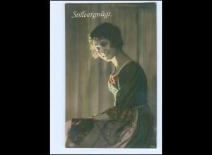Y10054/ Stillvergnügt - junge Frau lächelt Foto AK ca.1915