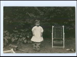 Y10252/ Kind Mädchen mit Spielzeug Puppe Foto AK 1910