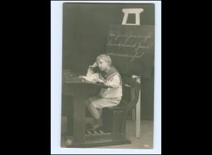 Y10249/ Kind Junge in der Schule schöne NPG Foto AK ca.1914