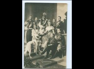 U3830/ Kaiser Wilhelm und Familie Foto Fotomontage AK ca. 1910