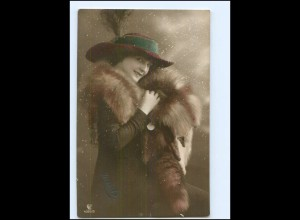Y10910/ Frau mit Pelzstola Hut schöne Foto AK 1913