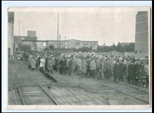U4661/ Flensburg Einmarsch der Bauern in das Versammlungslokal 1929 AK