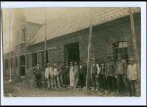 Y11404/ Berufe Bauarbeiter Privat Foto AK ca.1920