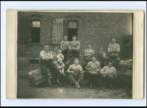 Y12447/ Arbeiter musizieren Zither, Gitarre, Laute Privat Foto AK ca.1920