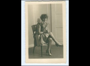 Y11363/ Junge Frau Fasching Foto AK ca.1930