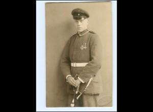 Y13499/ Soldat mit Ehrenzeichen Foto AK ca.1918