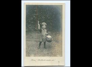 U5192/ Kleines Kind mit Brotkarte 1. Weltkrieg Foto AK 1917