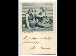 U6741/ Indias arreglando el cabello Chile AK ca.1900