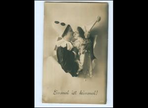 Y14323/ Einmal in keinmal ! Liebesparr als Pierrot Fotomontage NPG Foto AK