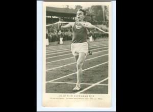 XX006361/ Siegfried Herrmann DDR-Meister 1500 und Meter Lauf Foto AK 1956
