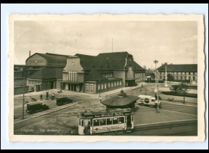 XX007613/ Schlesien Liegnitz Bahnhof Straßenbahn 1938 Foto AK