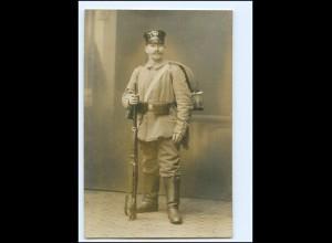 Y14546/ Soldat mit Gewehr Foto AK 1915 1. Weltkrieg