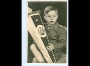 Y14513/ Einschulung Junge mit Schultüte Foto 1954