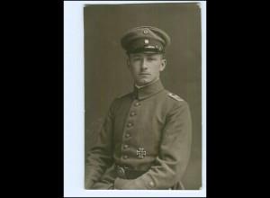 Y14532/ Soldat mit Ehrenzeichen Foto AK 1916