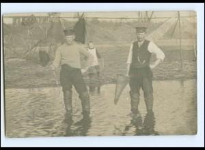 Y14666/ Fischer mit Reusen Foto AK ca.1910