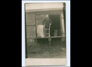 Y14667/ Berufe Lagerarbeiter Foto AK ca.1920