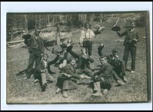 Y14687/ Junge Männer feiern Foto AK ca.1912