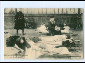 XX008609/ Belgien verwundete belgische Soldaten 1. Weltkrieg AK