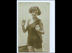 Y15102/ Hübsche junge Frau im Badeanzug Badeleben Foto Ak ca.1912 Erotik