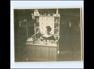 U9689/ Junge mit Kaufmannsladen Privat Foto ca. 1925 Spielzeug