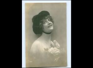 Y15651/ Junge Frau mit Hut Foto AK ca. 1912