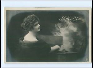 """Y19568/ junge Frau """"Ich harre Dein!"""" Foto AK ca.1910"""