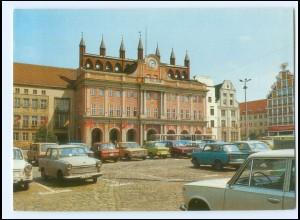 Y15685/ Rostock Rathaus Autos Bild und Heimat AK