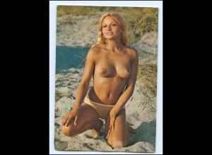Y15877/ Frau nackt am Strand Erotik Krüger AK