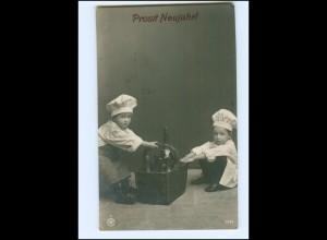 Y16168/ Neujahr Kinder als Koch NPG Foto AK 1910