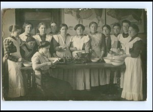 V019/ Haushaltungsschule Küche Kochen Waage schöne Foto AK ca.1912
