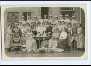 V022/ Haushaltungsschule Küche Kochen Foto AK ca.1910