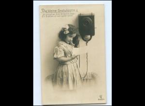 V072/ Mädchen telefoniert Telefon Foto AK 1911