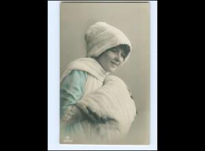 Y16023/ Frau mit Pelzstola Pelzmütze Foto AK ca.1910