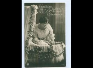 Y16072/ Erster Geburtstag Frau mit Baby schöne NPG Foto AK 1916