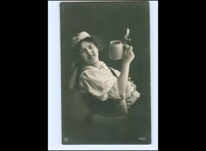 Y16069/ Junge Frau mit Bierkrug Bier NPG Foto AK 1908
